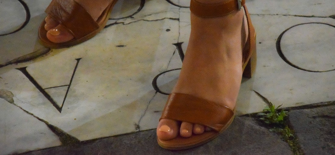 hnedé sandále, sandále na nízkom podpätku