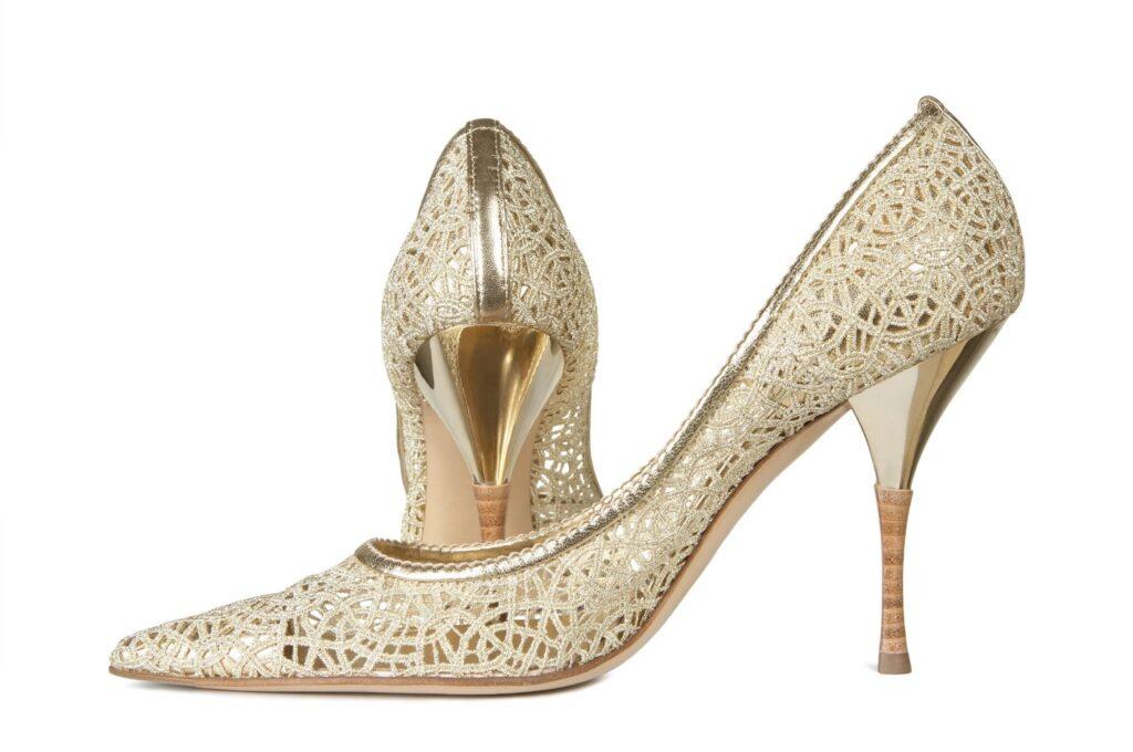 Dierkované topánky – elegantná obuv pre mestský štýl